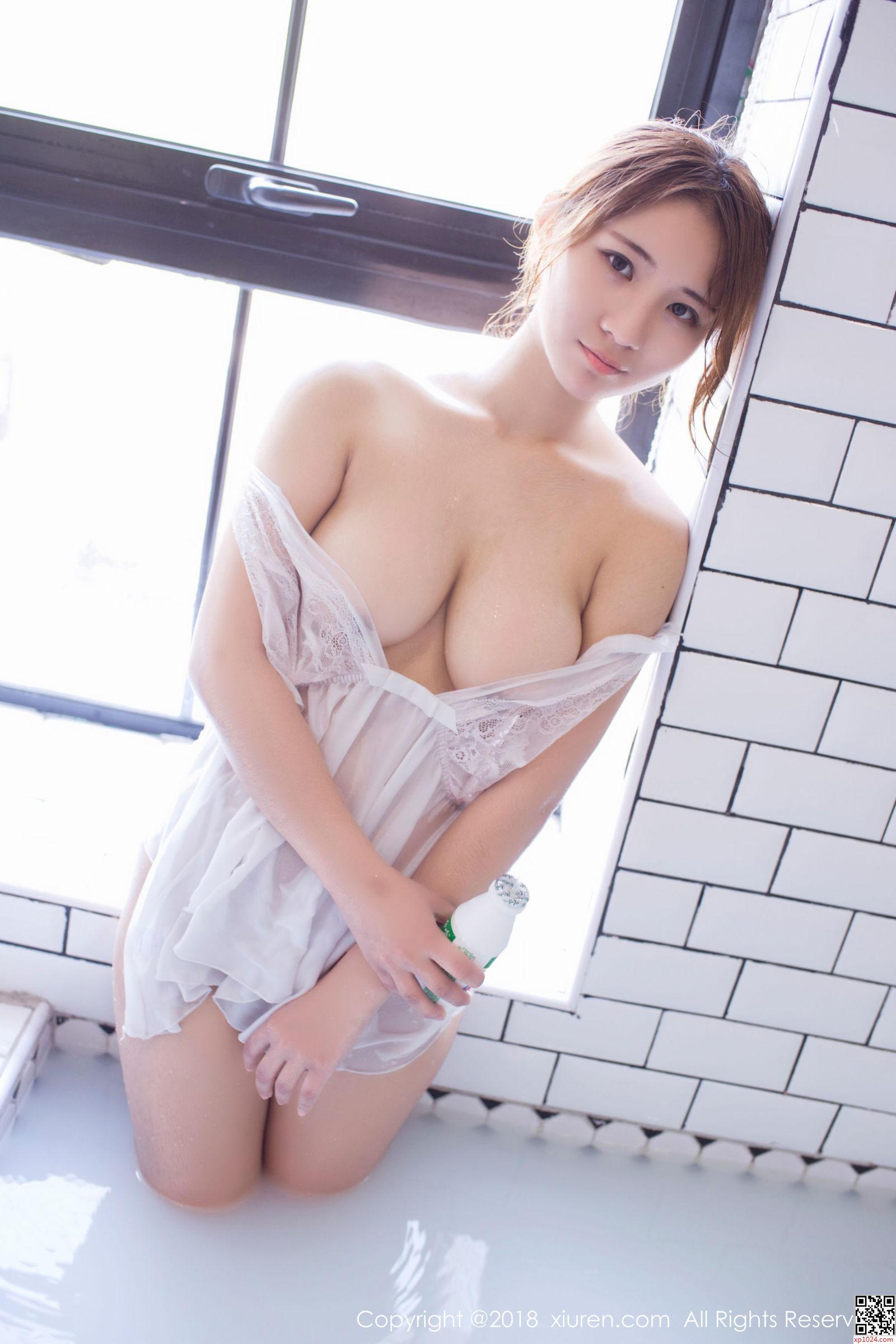 美女丝袜亚洲图片